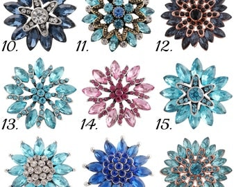 Blue Rhinestone showstopper snap charms fit Gingersnap Jewelry. Add this Statement snap to your favorite snap bracelet. Now in pink too!