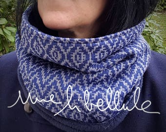 Cowl or snood * just * blue