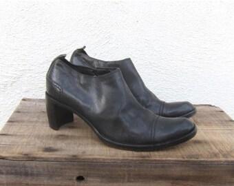20% Off Sale 90s Costume National Black Leather Ankle Booties Designer Italian Modernist Minimal Ladies Size 8.5