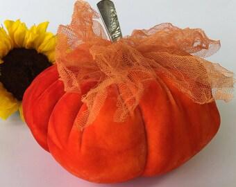 Velvet Pumpkin - BLOOD Orange - with vintage silver stem