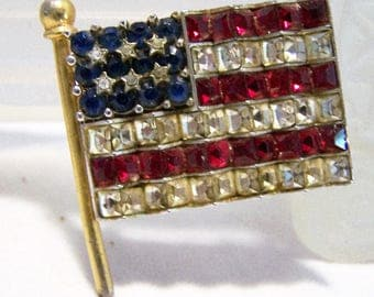 Art Deco Rhinestone USA Flag Pin,  Red White Blue Patriotic Brooch, Rhinestone Flag Brooch, Silver Gold Tone Setting 1016DGZ