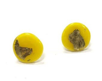 Daffodil Yellow Glass and Gold Stud Earrings UK SRA