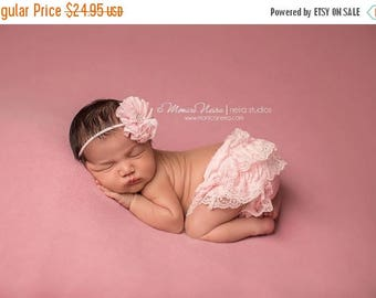 ON SALE Pink Bloomer set, lace bloomers, pink lace bloomers and headband, baby bloomers, ruffle bloomers, diaper cover, baby prop