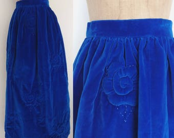 1960's Soft Velvet Maxi Skirt w/ Quilted Flowers Petite Teen Youth Vintage Skirt Size XS XXS by Maeberry Vintage