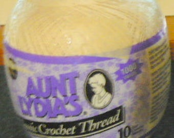 Coats and Clark - Aunt Lydia's - Classic Crochet Thread - Size 10 - 1,000 Yards - Natural 226