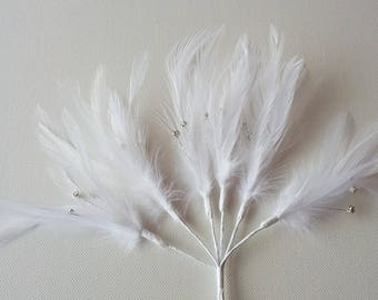 6 x White Feather Sprig With 3 diamantes