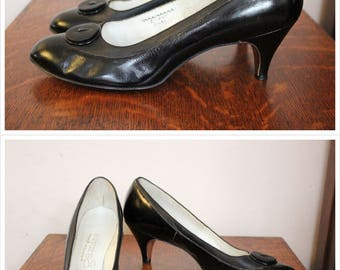 1950s Shoes // Andre Geller Black Leather Heels // vintage 50s heels // size 9