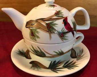 Tea for One Teapot Cardinal and pines
