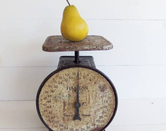 Vintage Hansen  Scale, Produce Scale, Kitchen Scale, 60 lb. Weight