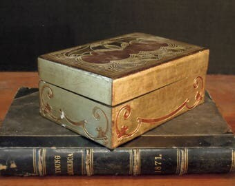 Vintage Italian Florentine Wood Trinket Box /Antiqued Gold and Bronze / Gold Gilt / Jewelry Box / Gift Box