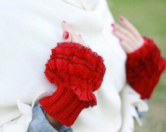 Wool mittens, Unique Fingerless gloves, Women ruffle gloves, Knit wrist cuffs, Ruffles cuffs, Frilly cuffs, valentines day Gift for women