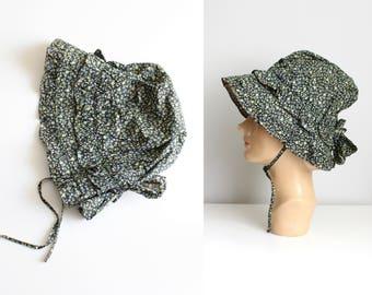 vintage cotton calico sunbonnet - girls bonnet / calico child's bonnet - prairie costume / black & green floral calico bonnet - garden hat