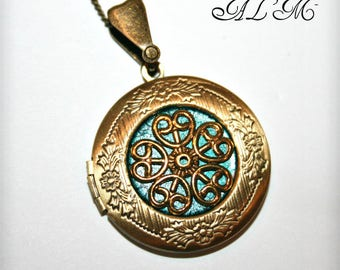 Locket necklace with Golden Flower and turquoise background (v)