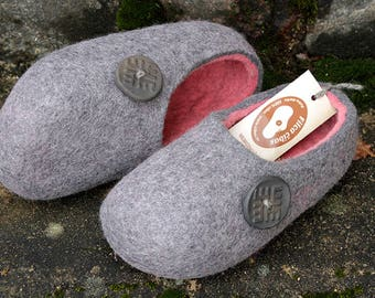 Felted wool slippers in Gray  with Pink inside. Made to order.