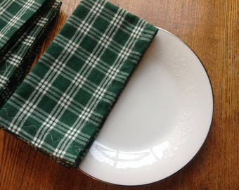 Cloth Dinner Napkins, Set of 4 Napkins, Cotton Dinner Napkins, Green and White Napkins