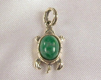 ON SALE Vintage Charm Pendant Sterling Silver Turtle Green Agate Stone Small Dainty