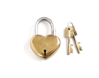 Vintage Heart Lock and Key . gift for him love lock heart padlock . brass lock antique padlock 7th anniversary gift large lock #126