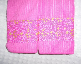 NEW Pink And Gold Hearts Tea Towels   Pink Bathroom Towel Set   Ready To  Ship