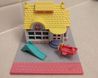 1993 Polly Pocket Toy Shop -- complete!