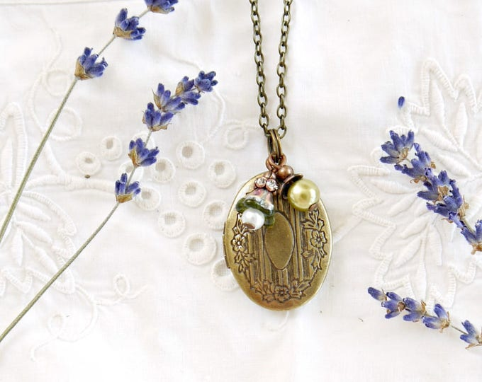 oval brass photo locket necklace with green glass charms, oval antique bronze foto locket with glass pearl charm and czech glass flower