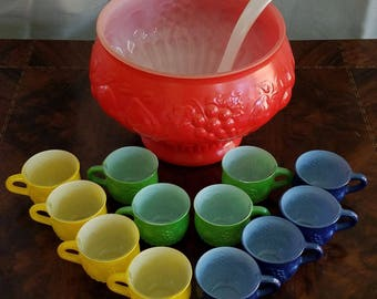 Awesome Mid Century Vintage Jeannette Garden Party Punch Bowl with 12 Cups and Ladle