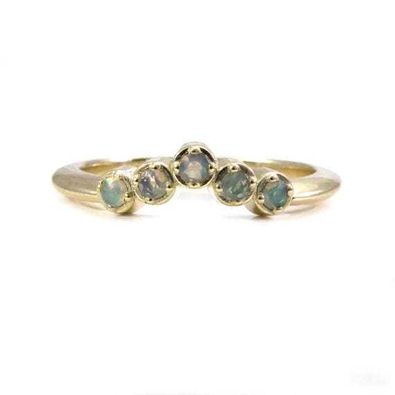 Opal Chevron Wedding Band - Faceted Ethiopian Opal Ring - Stacking Pointed Band
