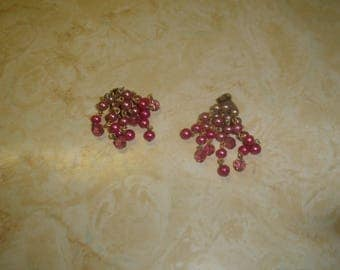 vintage clip on earrings goldtone shades of pink glass lucite beads dangles