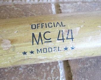 Hillerich & Bradsby Air Seasoned 250 Official Mc44 Model Wooden Bat
