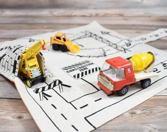 Construction Vehicle Playmat, Mini play mat, travel toys, imaginative play kids playmat digger theme toddler playmat road playmat, play town