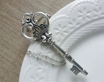 Large Antique Silver Key Necklace. Vitage Style Key Necklace. Large Key Pendant. Layering Necklace. Silver Key Charm
