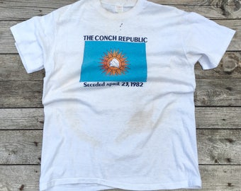 "MED-LRG | Trashed Florida Souvenir T Shirt ""The Conch Republic"" 1982"