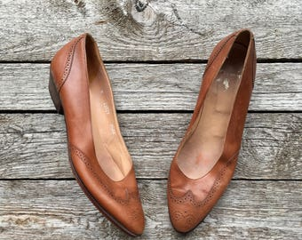 7.5 AA | Ralph Lauren Wingtip Pointed Toe Flats