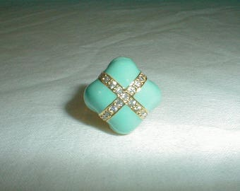 nolan miller ring beso ring sz.6 ring robins egg blue pave clear crystals chunky pastel turquoise blue spring summer sparkling prom bridal