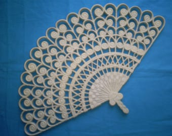 Vintage  Colonial White Large Burwood Fan.