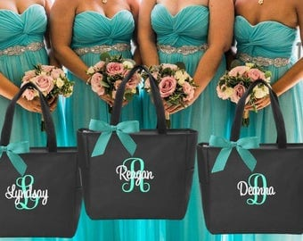 Bridesmaid tote bags , bachelorette party gifts , bridal party tote bags , Bridesmaid gifts Personalized Maid of Honor Monogrammed