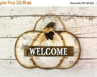 SALE Fall Sign, Welcome Pumpkin Wall Decor, White Pumpkin, Fall Home Decor Pumpkin Sign, Wood Pumpkin Decor, Farmhouse Style, Fixer Upper