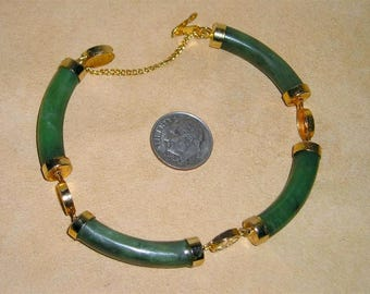Vintage Real Jade Bracelet With Gold Tone Accents 1960's Jewelry 11098