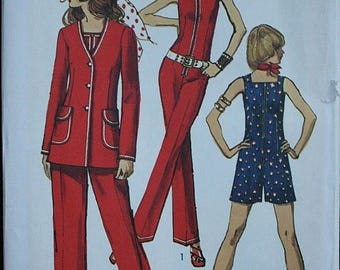 25%off Sizzlin Summer Sal Simplicity 9313 1970s 70s Straight leg Playsuit Zip Front Jumpsuit Vintage Sewing Pattern Size 12 Bust 34