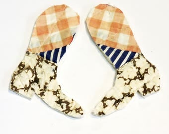 Pair Patchwork Cowboy Boot Appliques, Upcycled Vintage Prim Feedsack Cutter Quilt Embellishments, Craft Supply itsyourcountry