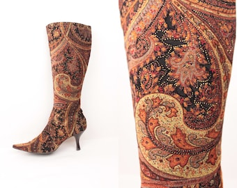 paisley tapestry boots // pointed toe // low heel // size 6