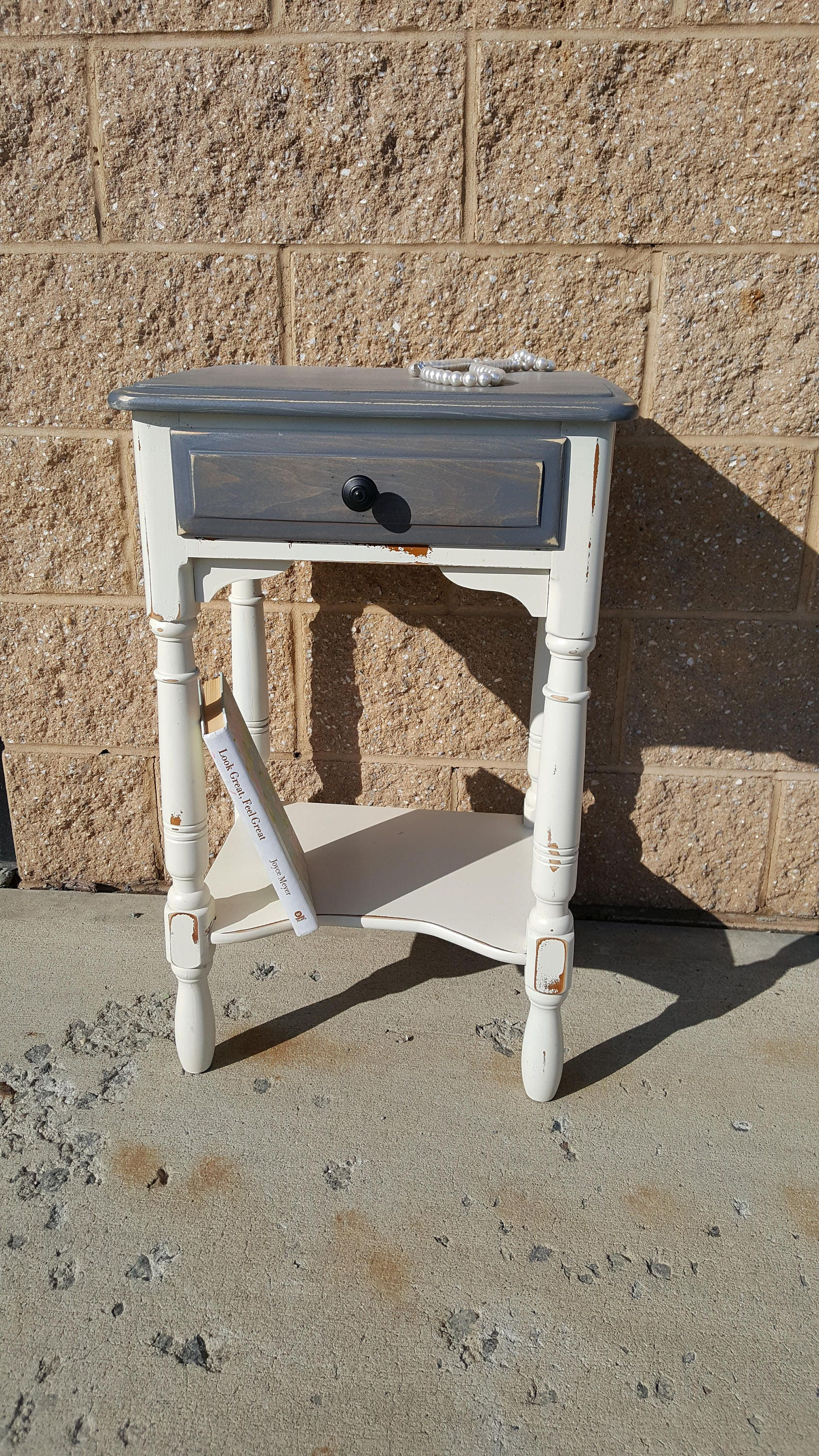 PICK UP ONLY Vintage Farmhouse Shabby rustic chic table, country ...