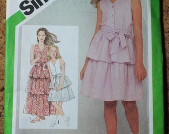 Simplicity Vintage Sewing Pattern 9934 Girls size 10 Pullover Dress 1981
