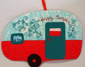 Vintage Trailer Happy Camper Mug Rug - Peek-a-Boo Kitten