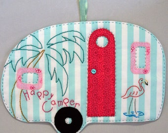 Vintage Trailer Happy Camper Mug Rug - Flamingo Beach
