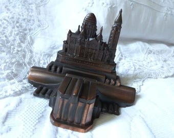 Antique French inkwell Paris souvenir ink well w Sacre Coeur de Notre Dame Montmartre souvenir inkwell w glass ink well, desk writer gift