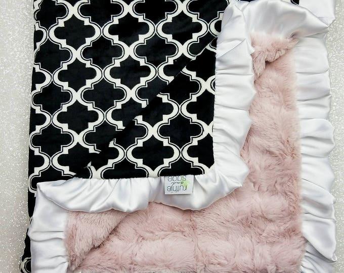READY TO SHIP Minky Blanket, baby girl, baby blanket, black and pink, antique pink, soft blanket, lattice, blush, baby gift, crib, trellis