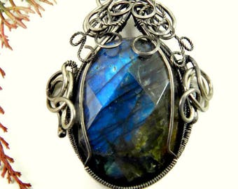 Wire Wrapped Necklace/Labradorite Necklace/Labradorite and Sterling Silver Necklace
