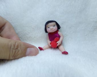 OOak miniature chinese little girl with soft toy for Dollhouse 1:12 scale