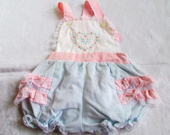 Vintage Baby Vintage Baby Girl Ruffle Bum Sunsuit Bubble Romper 6 to 9 months White Pink & Blue Embroidered Flowers Baby Or Doll Clothes