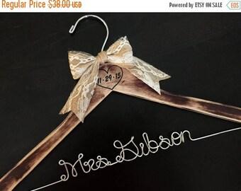 SUMMER SALE Rustic Bridal Hanger, Weddding Hanger, Shabby Chic Bride Hanger, Brides Name Hanger, Distressed Hanger, Rustic Wedding, Engraved